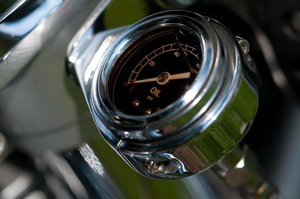 oil gauge close up