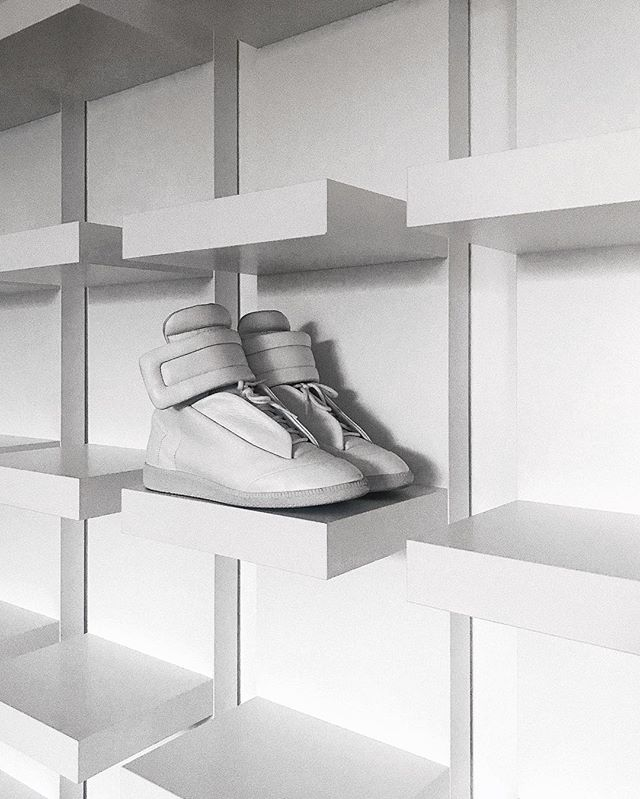 Favourite sneaker of all time. — @maisonmargiela Future High from @ssense . — Sneaker shelf from @ikeaschweiz . — #maisonmargiela #maisonmartinmargiela #futurehigh #ssense #ikea