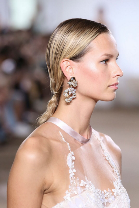 Never discount the power of a rosy pink cheek. - Subtle, but seriously chic. | Ines di Santo