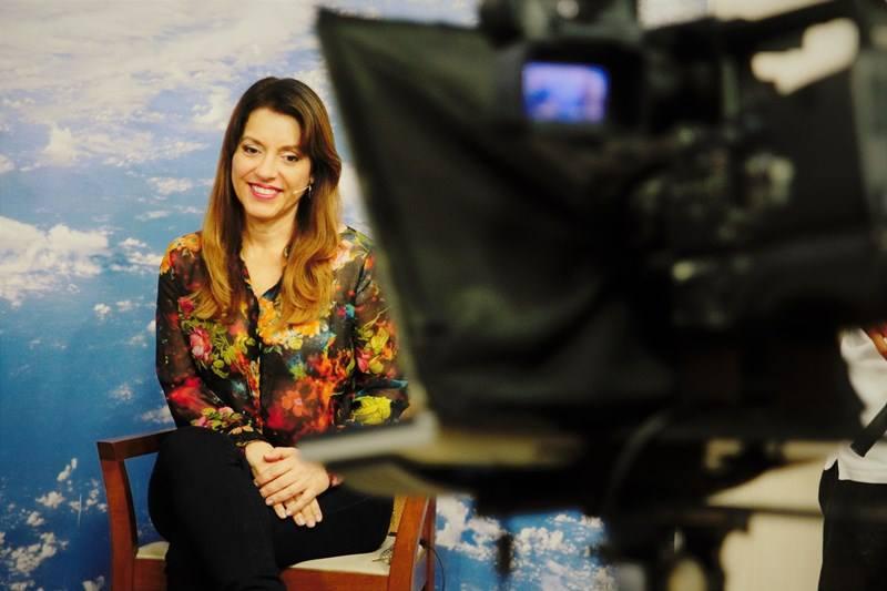 Yasmin Madeira e Kátia Faria falam sobre a importância de Deus em nossa vida neste episódio de O Espírita no Mundo.