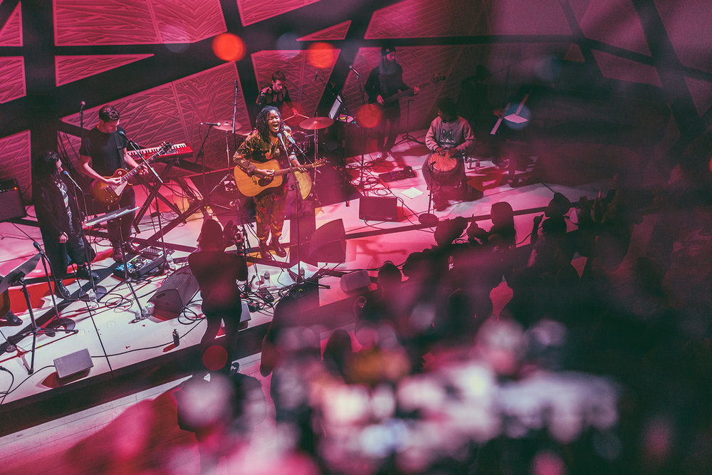 Kamilah connects with crowd at National Sawdust in Brooklyn, NY.  Photo by  Leo Mascaro