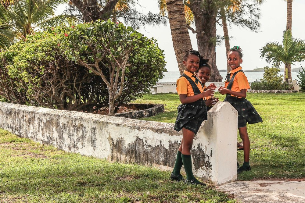 School children play on the library grounds. Image by Alessandro Sarno.