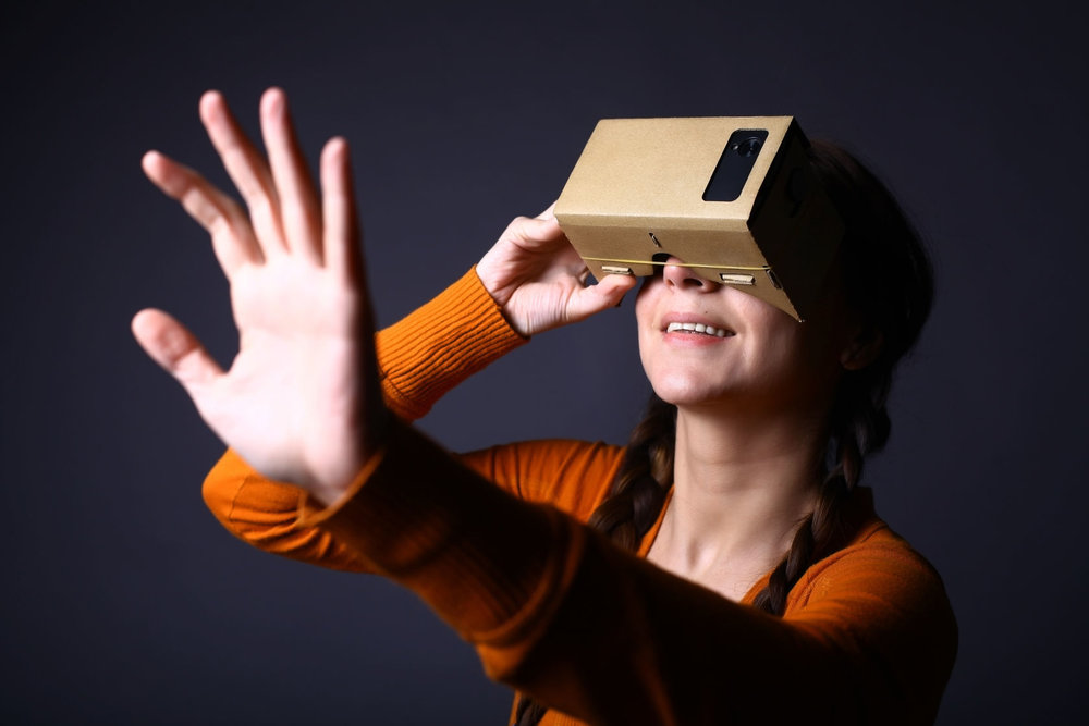Google Cardboard VR viewer experience.
