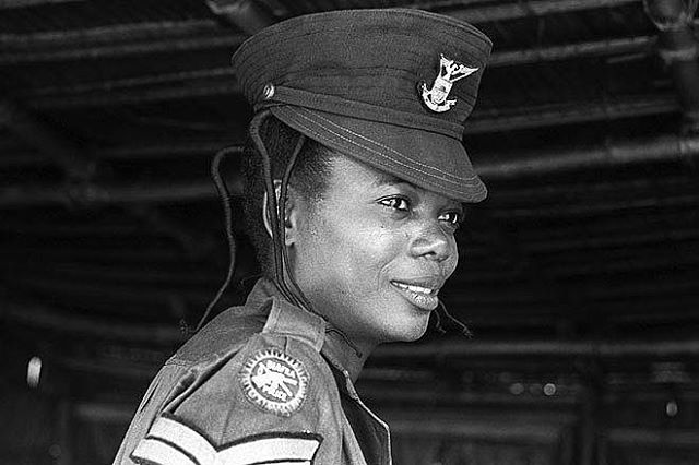 1969: A Biafran police woman near the Uli airport.  _  Image: Peter Williams via Ukpuru. #WhyIMatter
