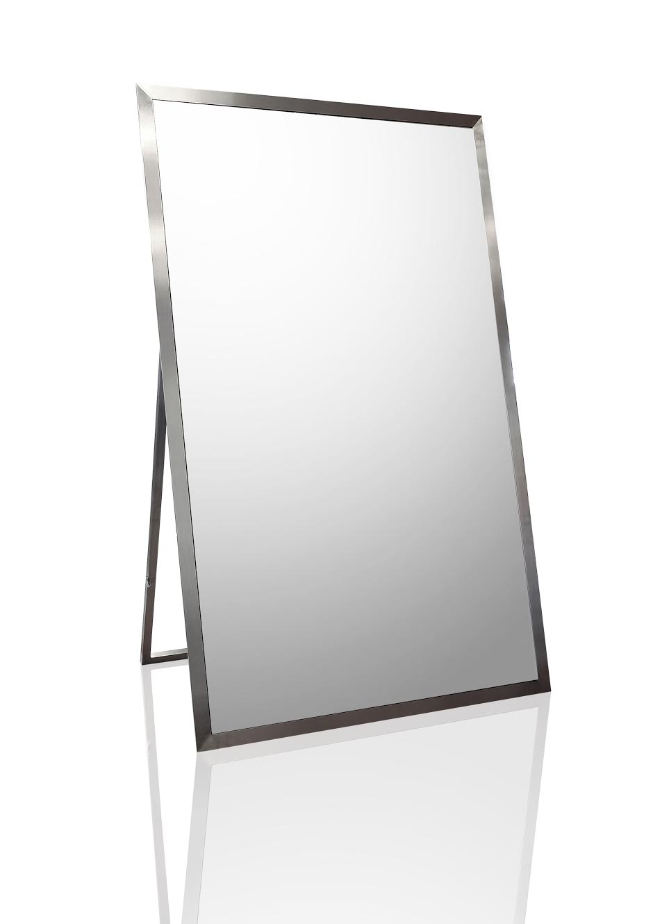THE ELEGANCE MIRROR TV OFF.jpg
