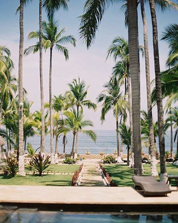 In one week I will be laying here, doing nothing. Absolutely nothing. Maybe eating ceviche. Celebrating our 2 year wedding anniversary in Sayulita.  Image: Pinterest