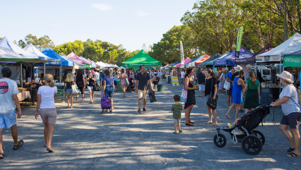 Get lost in the huge Byron Bay Community Markets