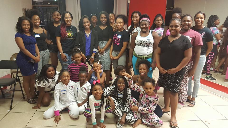 Founder Maranda Evans speaks to the teens of Studio Express The Motion Dance Company (Founded by Emanda Horn)
