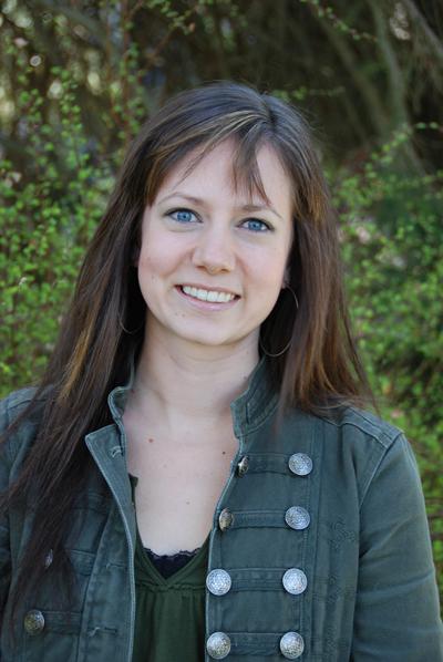 Danielle Marconi Violin Teacher Suzuki Niagara