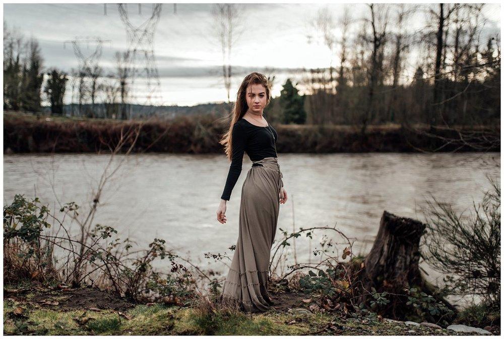 Brittingham_Photography_Orting_Washington_High_School_Senior_Photographer_Hannah_Caira_0014.jpg