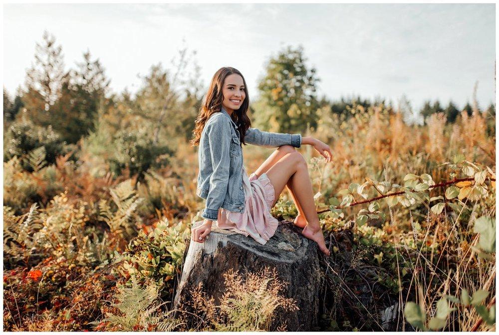 Brittingham_Photography_Orting_Washington_High_School_Senior_Photographer_Lake_Tapps_Alyssa_0011.jpg