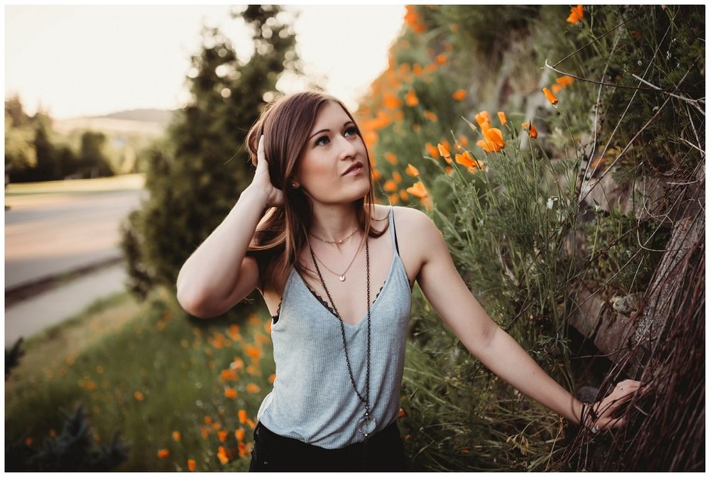Brittingham_Photography_Orting_Washington_High_School_Senior_Photographer_Puyallup_poppies_Maddie_0006.jpg