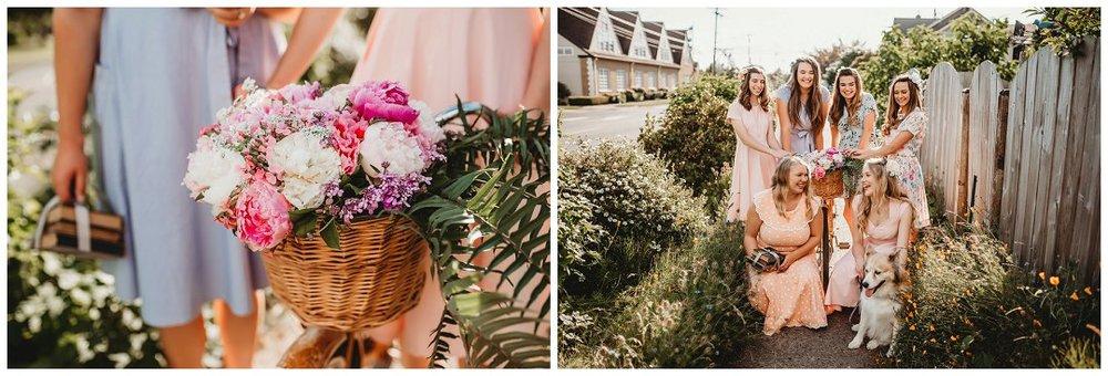brittingham_photography_orting_washington_senior_photos_retro_floral_shoot_sumner_0002.jpg
