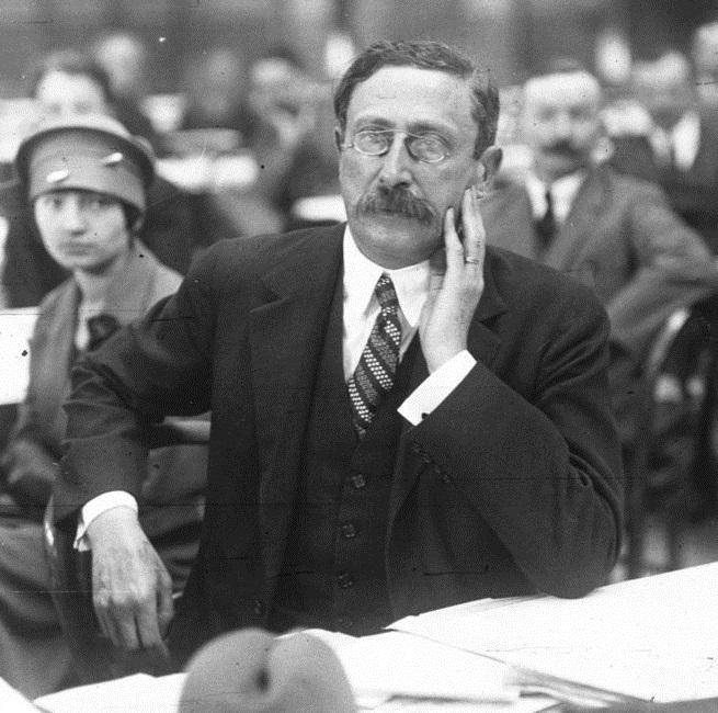 Léon_Blum_1925.jpg