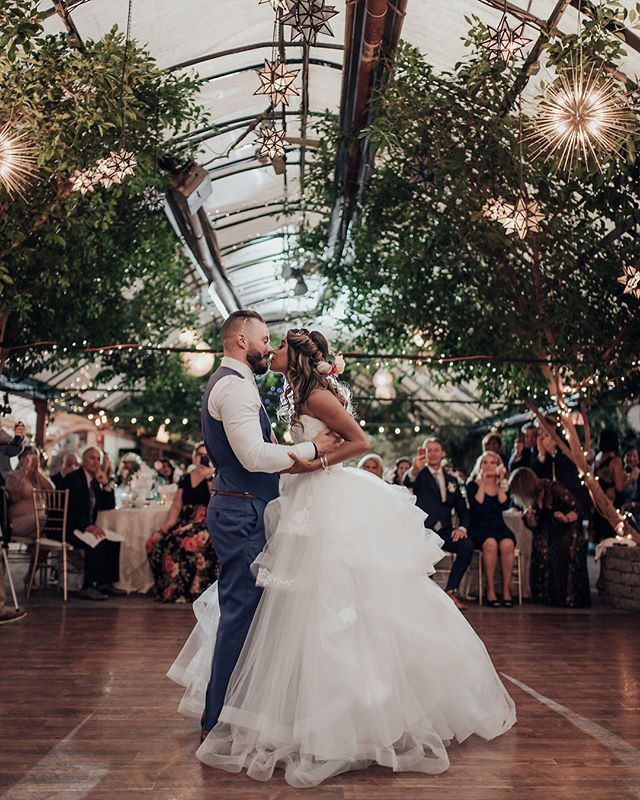 Happy anniversary E + C 🥂Your wedding day was magical ✨ #firstdancegoals 📷 @ericcheng.photography