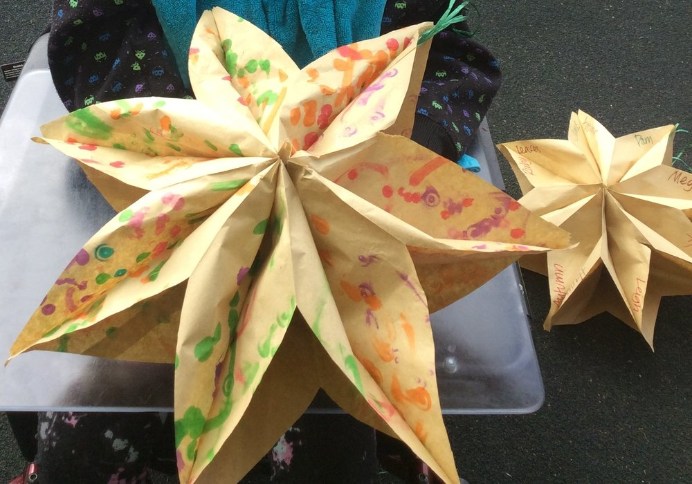 These awesome paperbag stars are easier than they look. Instructions below: