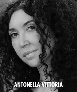 <h1>Antonella Vittoria</h1><p>lorem ipsum dolor sit amet</p>