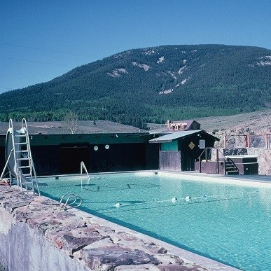 WAUNITA HOT SPRINGS POOL          Gunnison