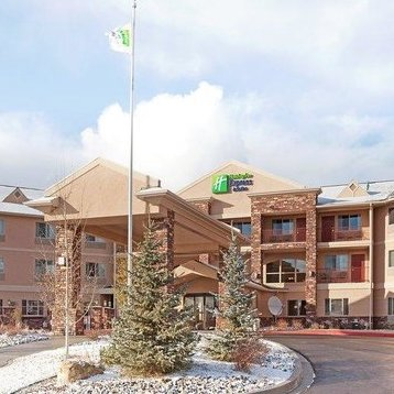 HOLIDAY INN EXPRESS & SUITES     910 E Tomichi Avenue,Gunnison, CO 81230