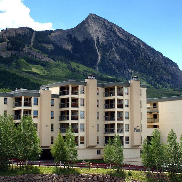 THE PLAZA      11 Snowmass Rd, Mt. Crested Butte, CO 81224     OFFERS 20% CBMR DISCOUNT    *WALKING DISTANCE FROM SHUTTLE PICK UP & DROP OFF*