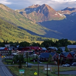 CBMR'S GUIDE TO LODGING  IN MT. CRESTED BUTTE, CRESTED BUTTE, GUNNISON, AND THE SURROUNDING AREA