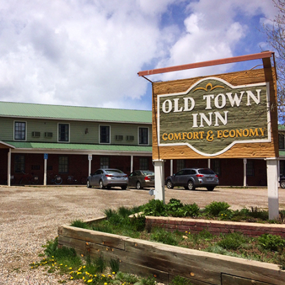 OLD TOWN INN      708 6th St, Crested Butte, CO 81224