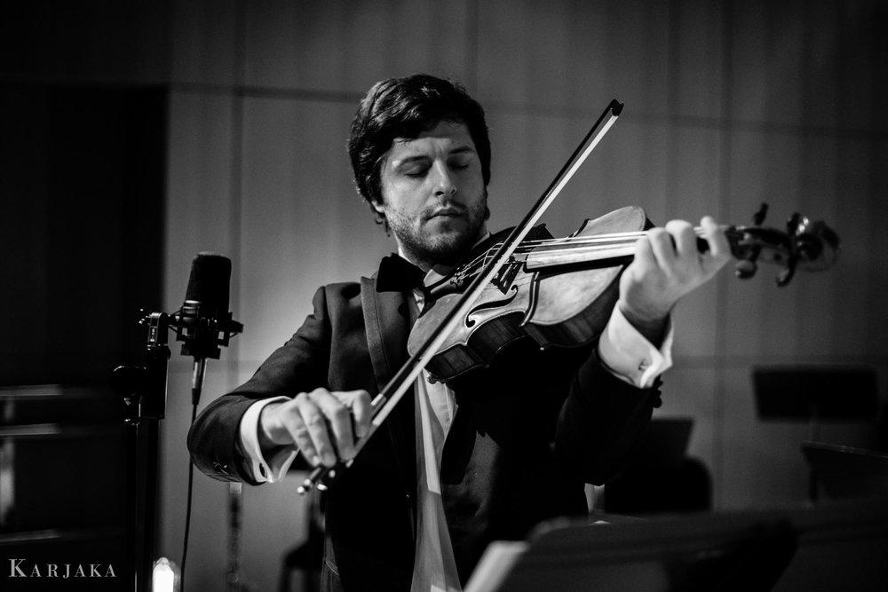 Pedro Vizzarro Vallejos, viola