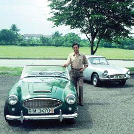 CC Castro with his Austin-Healey 3000 and Sunbeam Harrington Le Mans GT