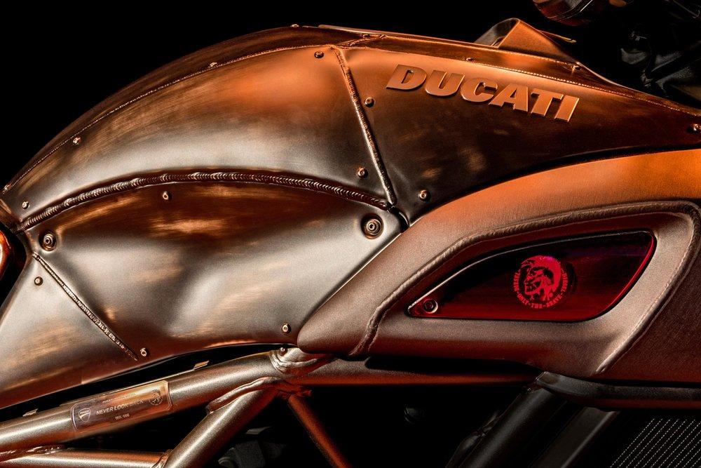 Ducati_Diavel_Diesel_14.jpg
