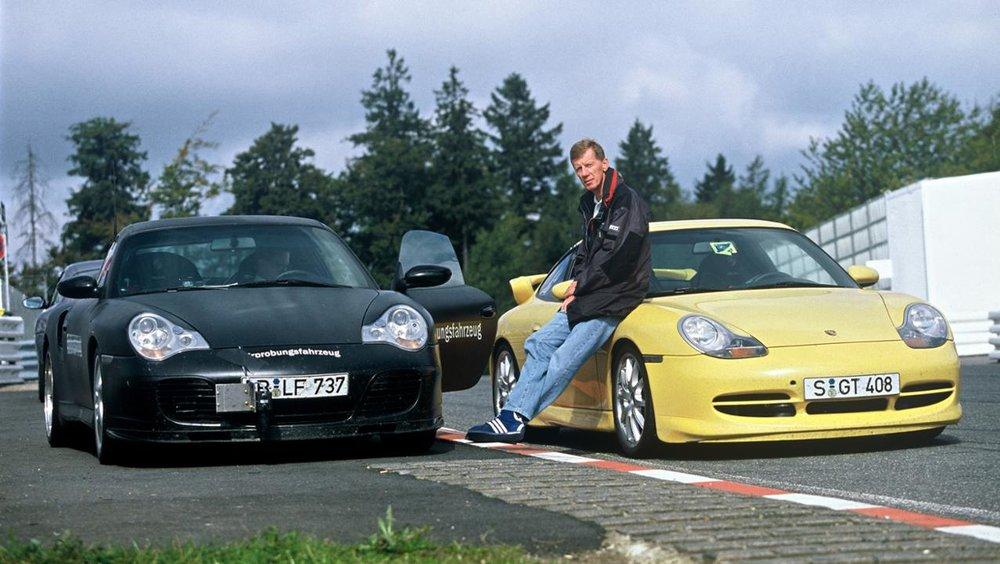 low_walter_röhrl_911_turbo_3_6_coupé_l_911_gt3_r_1999_porsche_ag.jpg