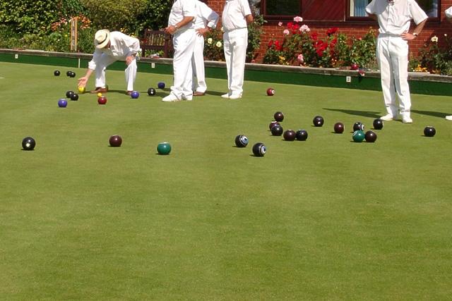 lawn-bowls 3.jpg