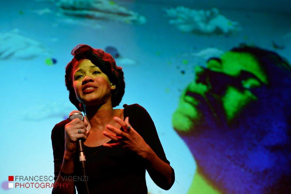 2013: Ebony MonCrief
