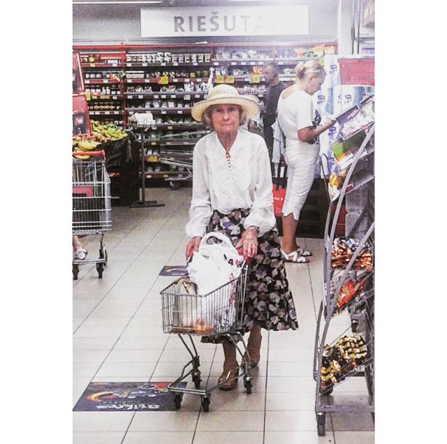 supermarketladies5.png