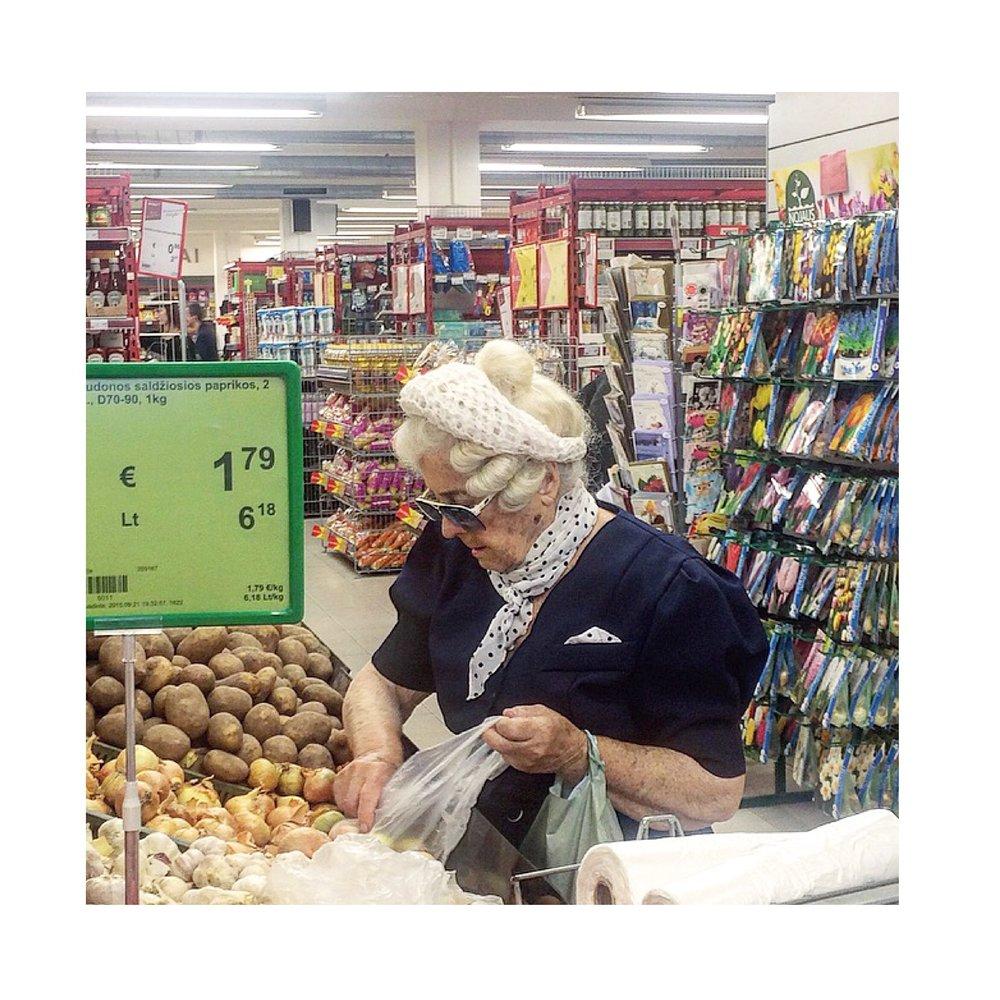 supermarketladies10.JPG