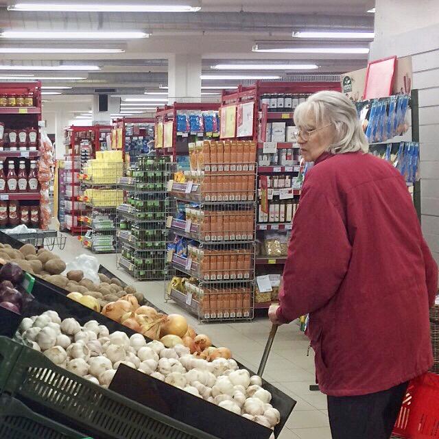 supermarket ladies