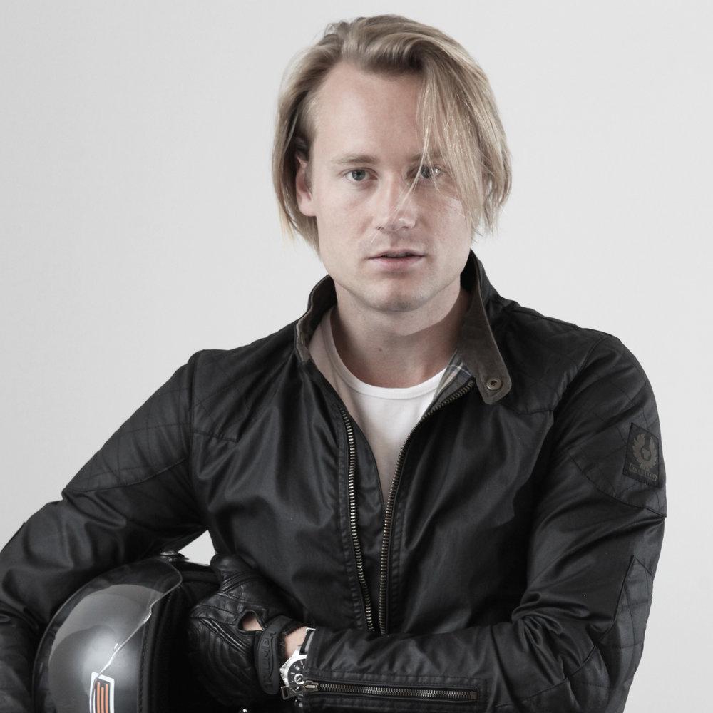 Peer Fredrik Bull-Hansen Arkitekt, RIBA part II Mopedist tlf: 922 21 131 peer@ram-arkitektur.no
