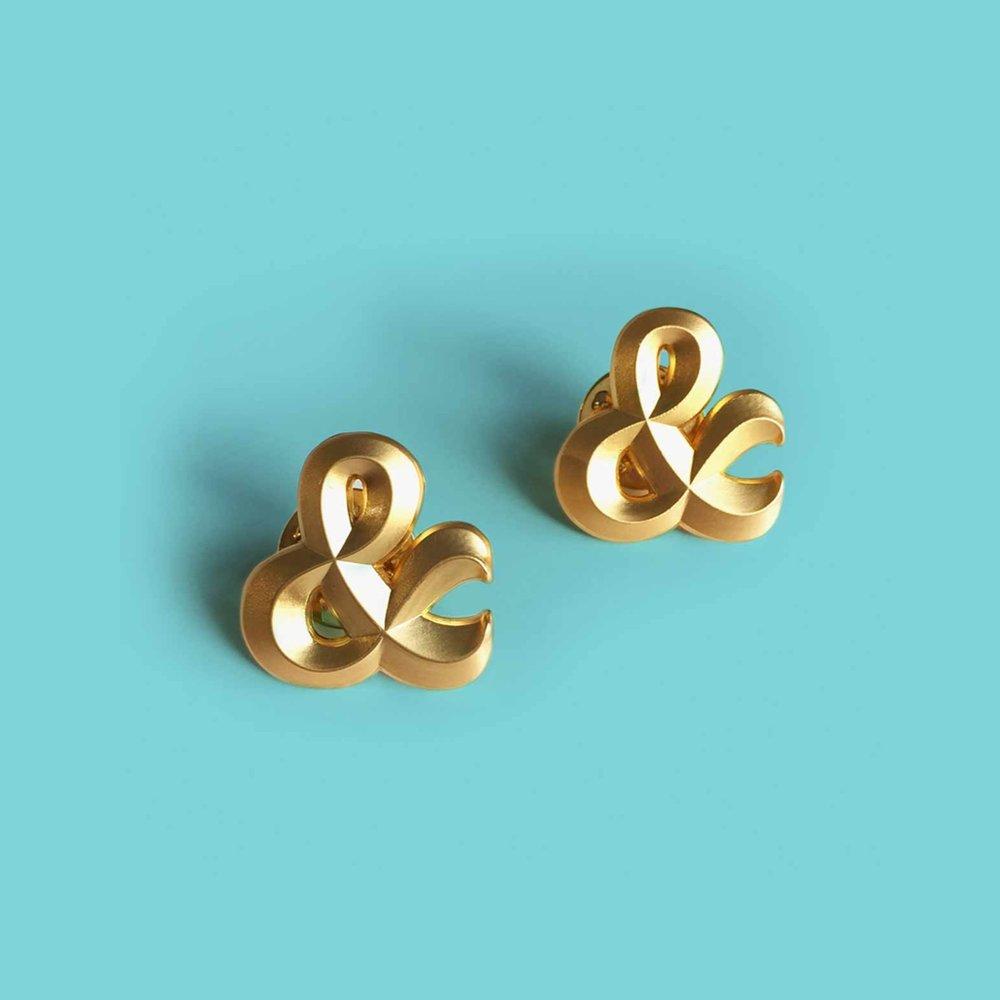 Twin Pins | €16,00