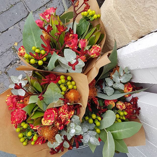 Good morning! Here's this week's flowers fresh in from @bespokeflowerco  Just £10 a bunch ❤❤❤ #thefalconsnest #painswick #giftshop #shoplocal #Christmas #cotswolds #thecotswolds #lovelocal #supportsmall #flowers #freshflowers #pretty #smallbiz #mycreativebiz #lovepainswick #buysmall #cardshop #cards #gifts #bouquets #colour