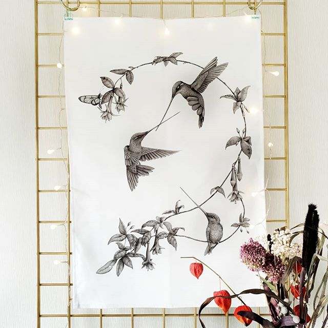 I've added the 'En garde' tea towel to my online shop... finally! In other news, I've finally finished the long eared owl, it's only been like 4 months! 🤗 I'll post some pics soon! ⠀⠀⠀⠀⠀⠀⠀⠀⠀ Link to my shop is in my bio! 💕 ⠀⠀⠀⠀⠀⠀⠀⠀⠀ ⠀⠀⠀⠀⠀⠀⠀⠀⠀ ⠀⠀⠀⠀⠀⠀⠀⠀⠀ ⠀⠀⠀⠀⠀⠀⠀⠀⠀ ⠀⠀⠀⠀⠀⠀⠀⠀⠀ #hummingbirds #bird #birdart #birdartwork #birdartist #ornithology #birdnerd #birddrawing #birdstagram #ilovebirds #igbirds #feather #feather_perfection #kerryjane #onlineshop #gift #homeware #artteatowel #butterfly #artprint #fabric #craftsposure #artist_community #instagrams_artists #art #artist #wildlife #smallbiz #supportsmall