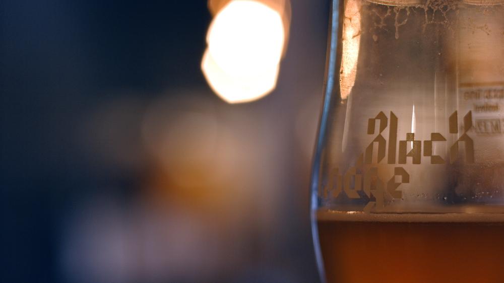 Beeringlass.png