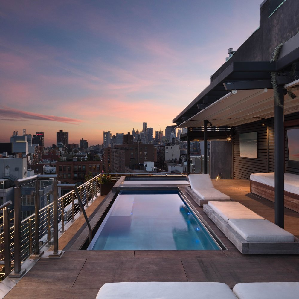 Bond Penthouse