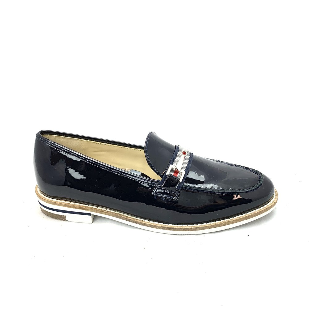 Loafers/Oxfords