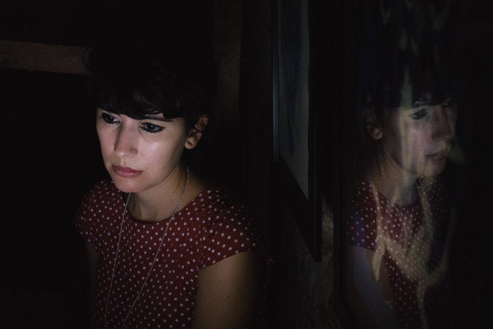 Ana Seia de Matos, atenta, que durante toda a sessão controlou a tela.