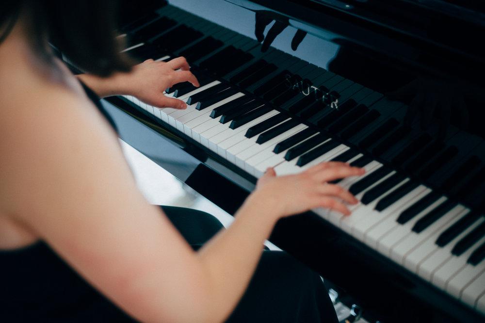 Pianistin/Sängerin