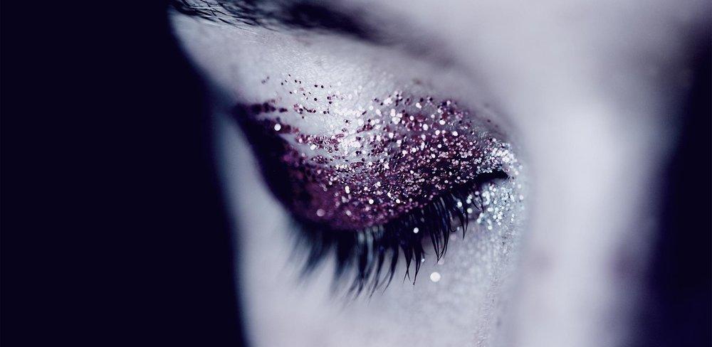 glitter-eyes.jpg