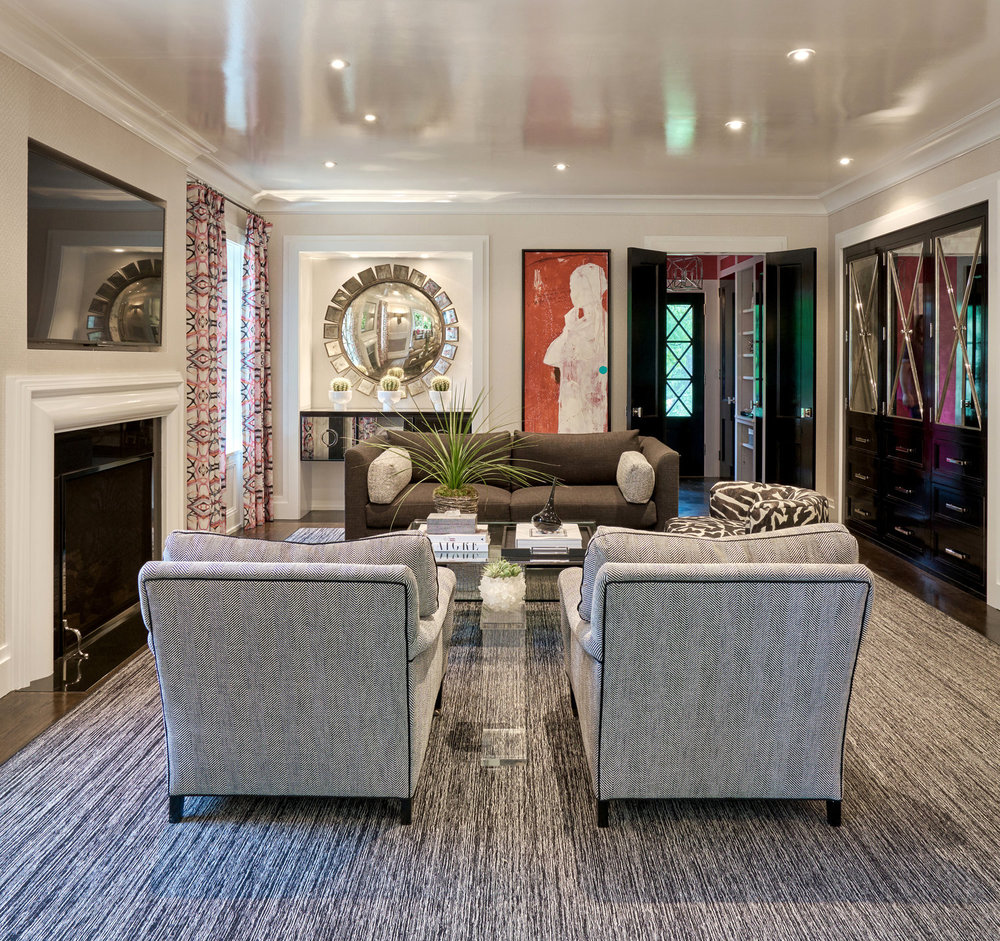 HIGH END FAMILY ROOM