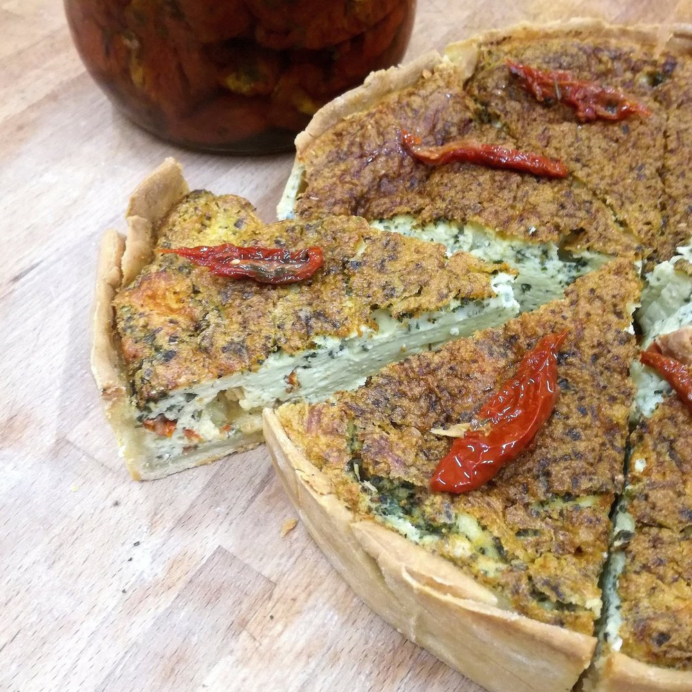 SUNDRIED TOMATOES PESTO QUICHE