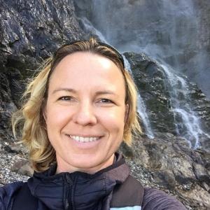 Kerstin Esser  Kerstin ist Certified Facilitator (ITW), Lehrcoach und Coach (vtw) und lebt und arbeitet seit 2011 auf Mallorca. Sie bietet auf Mallorca einwöchige Workshops und Einzelcoachingwochen an.
