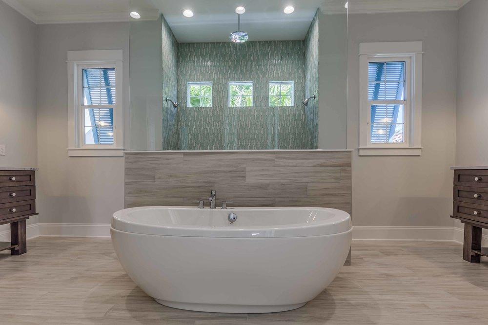 Mstr Bath-6.jpg
