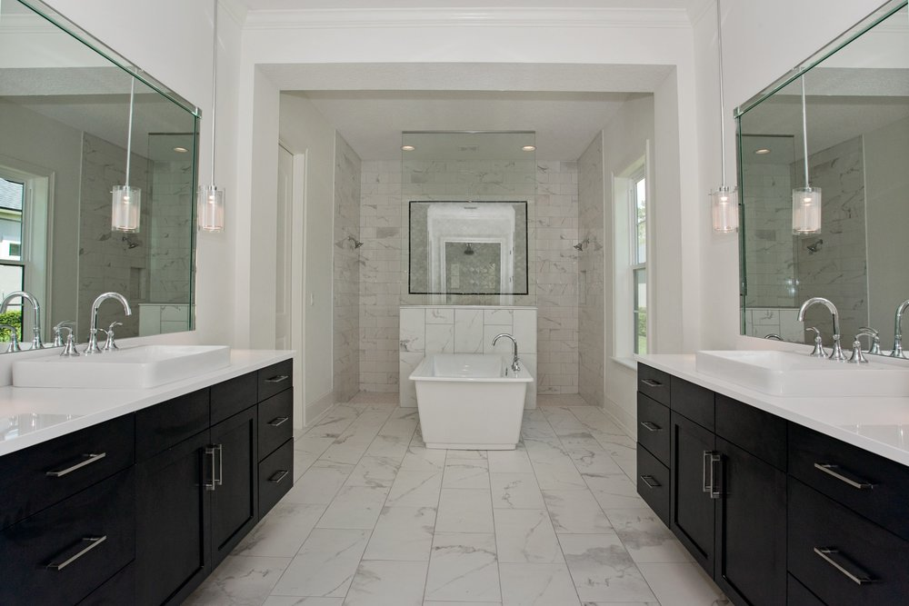023_Master Bathroom.jpg